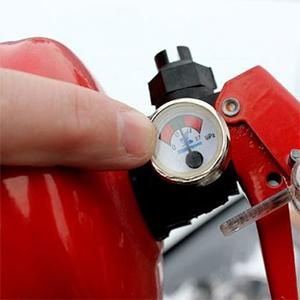 Фото - проверка огнетушителей