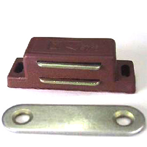 Фото магнитной защелки