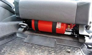 Где держать огнетушитель в авто